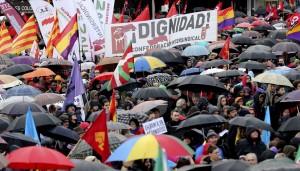 """""""Πορεία Αξιοπρέπειας"""" κατά της λιτότητας στη Μαδρίτη, την περασμένη άνοιξη"""