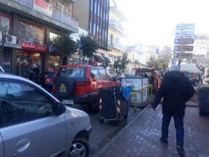 Πτολεμαΐδα: Πλημμύρισε το υπόγειο του Εμπορικού Πολύκεντρου – Χωρίς ρεύμα οι γύρω οδοί