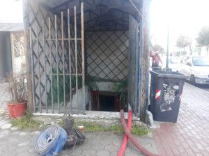 πτολεμαΐδα: πλημμύρισε το υπόγειο του εμπορικού πολύκεντρου – χωρίς ρεύμα οι γύρω οδοί 2