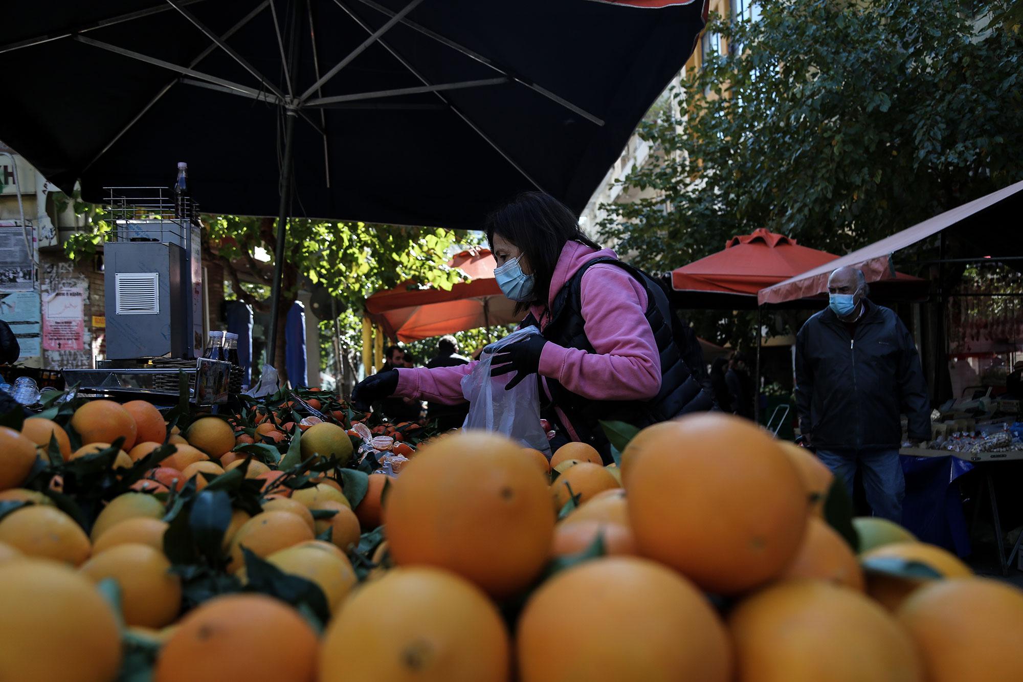 Επαναλειτουργούν τα Σάββατα οι λαϊκές αγορές που ήταν σε αναστολή