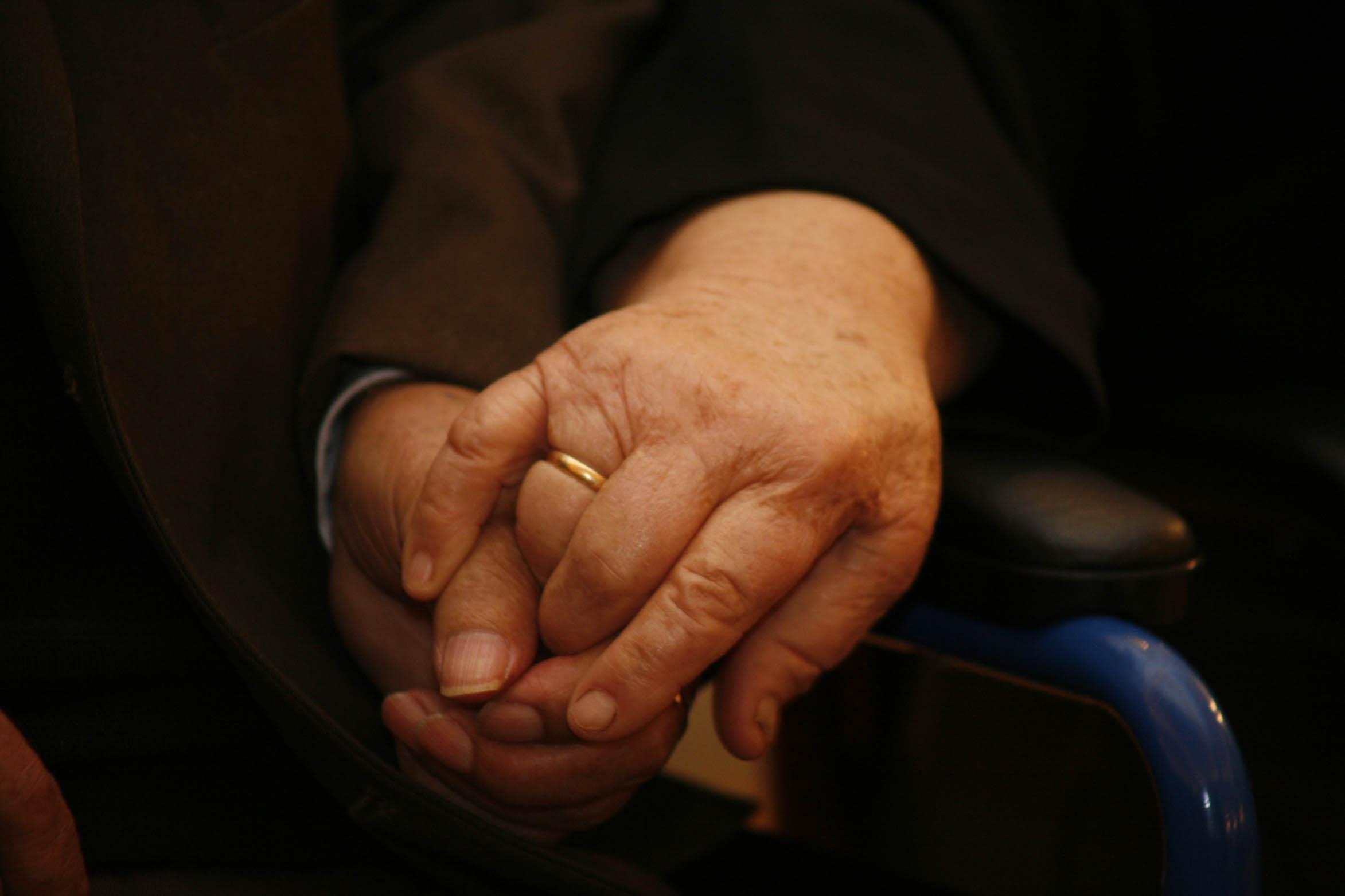 Σέρρες: Εξαπάτηση ηλικιωμένης με «λεία» 30 λίρες και χίλια ευρώ