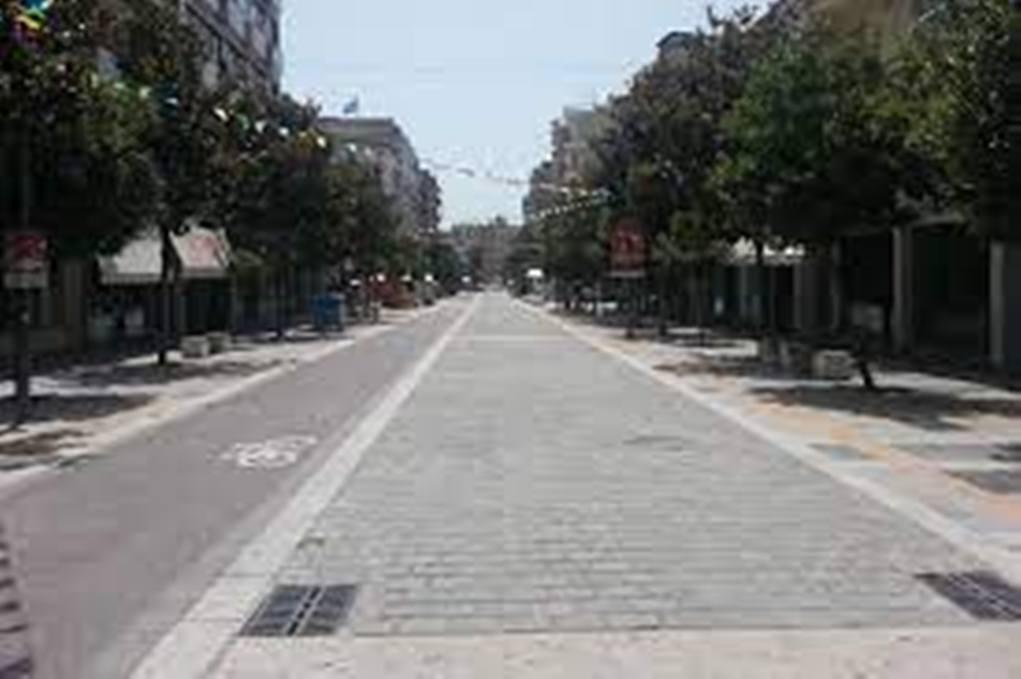 Σέρρες: Κλειστά τα καταστήματα του Αγίου Πνεύματος στις Σέρρες