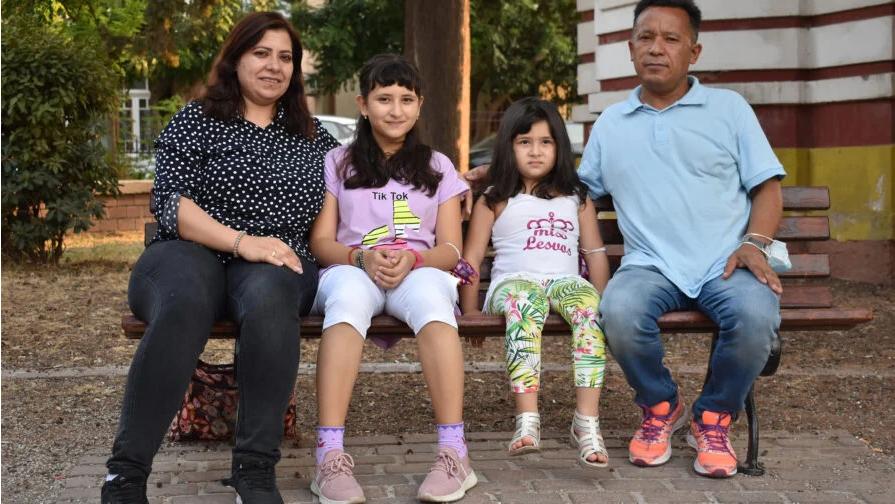 Προσφυγοπούλα από το Αφγανιστάν που ζει στη Λέσβο παίρνει υποτροφία σε  σχολείο στην Αμερική - ertnews.gr